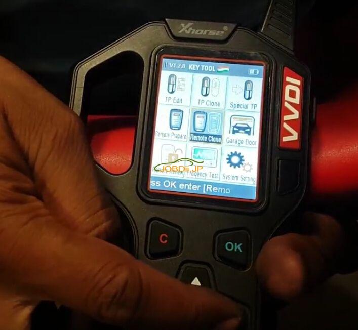 vvdi-key-tool-copy-mahindra-scorpio-remote--1