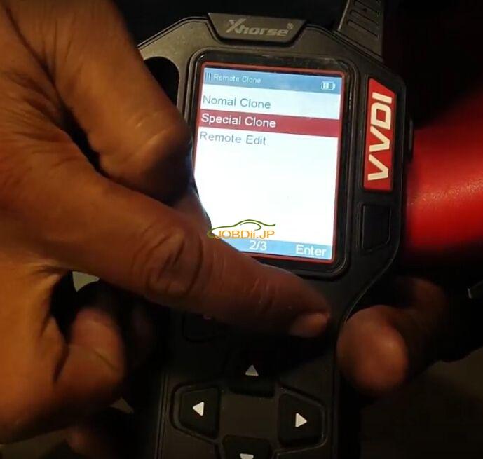 vvdi-key-tool-copy-mahindra-scorpio-remote-key-review-2