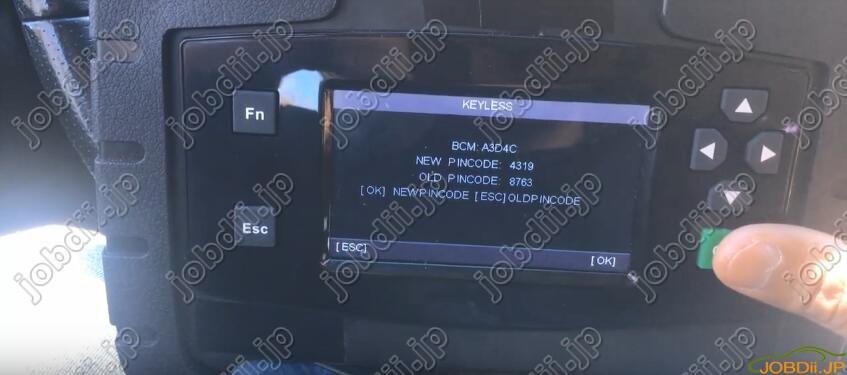 autek-ikey820-Nissan-Maxima-10