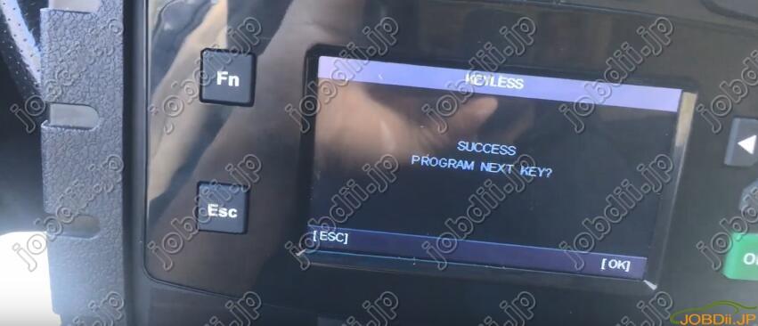 autek-ikey820-Nissan-Maxima-18